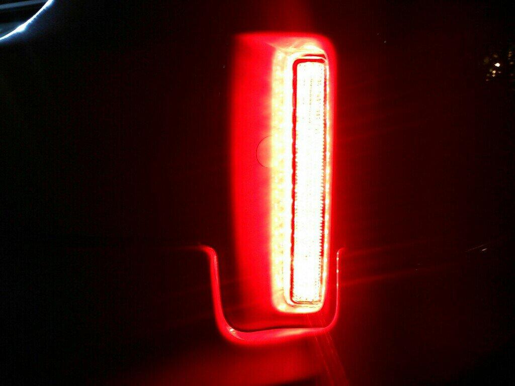 LEDリフレクターの連動ポジション減光♪