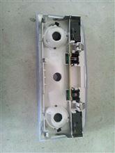 5シリーズ セダン 後部座席ルームランプLED化のカスタム手順1