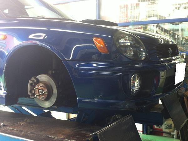 【江戸川店】インプワゴン タイヤ交換 AVS Model7
