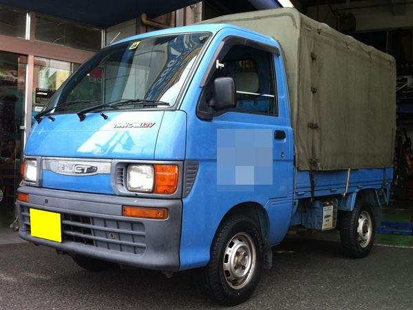 【江戸川店】 商用車タイヤ交換 はたらく車、応援します!