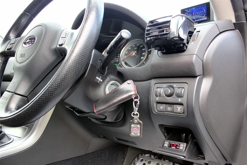 PIVOT 3-drive AC(スロットルコントローラー)取り付け