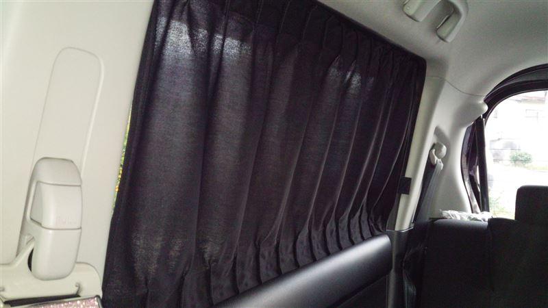 カーテン取り付け…後部座席編