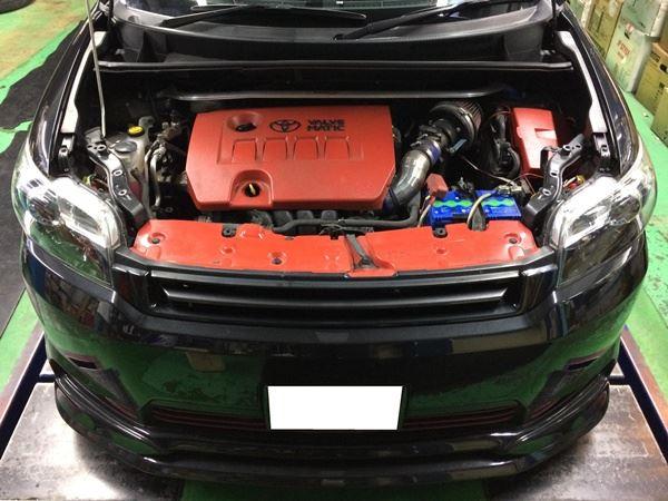 カローラルミオン<br /> <br /> エンジンルームを真っ赤に塗装されていますね~<br /> <br /> 内外共にバッチリですよ!