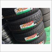 同じサイズのタイヤが見つからず。。。<br /> 近似値のタイヤで対応です。<br /> この辺のバリエーションはYOKOHAMAさんは強い。