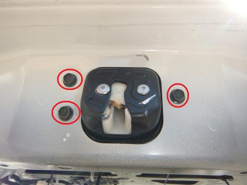 【C26】バックドアオートクロージャー取付②