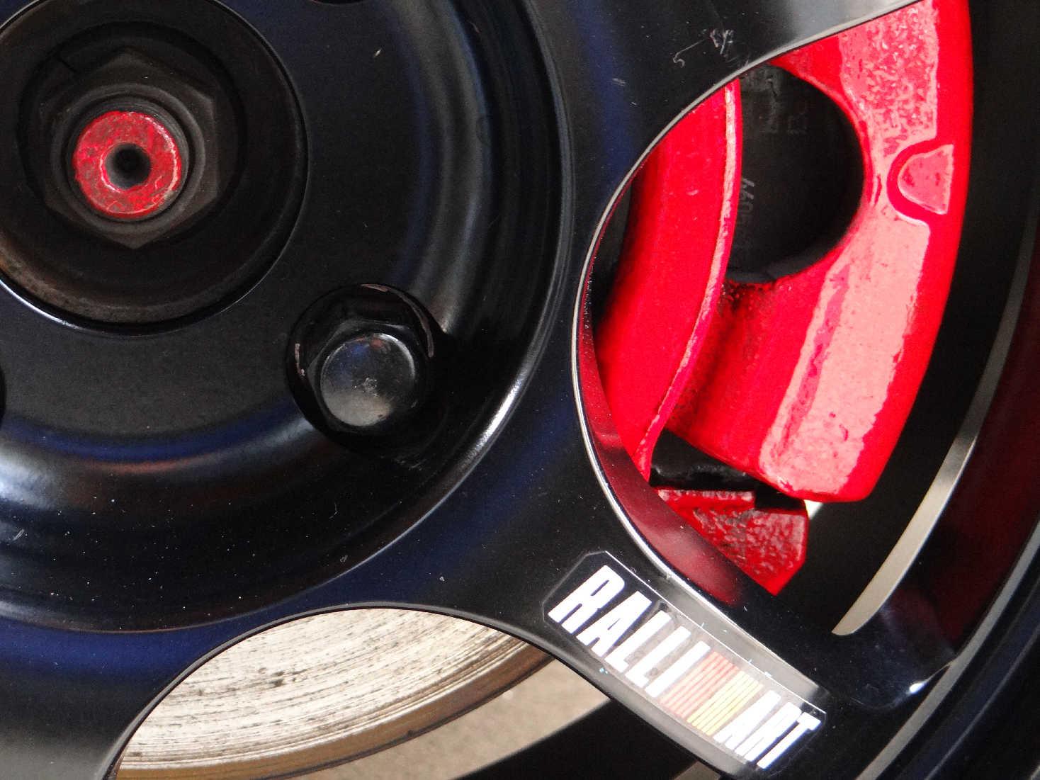 タイヤ交換&キャリパー塗装