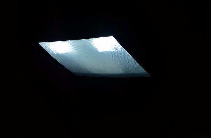各所LEDランプ交換