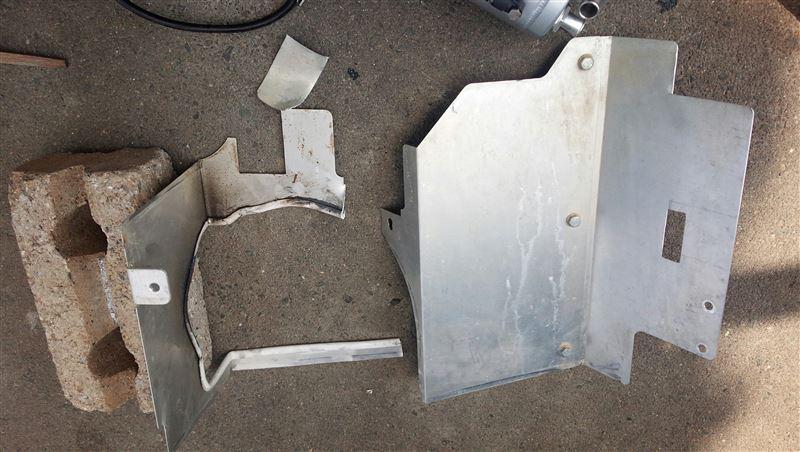 ORSタニグチのオイルセパレータータンクとHB1stのクールゾーンプレートの同時装着加工