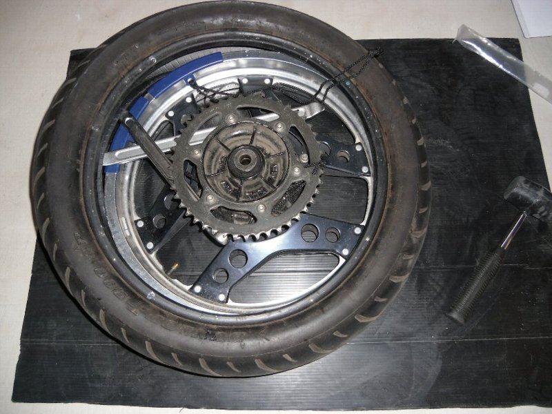 タイヤ交換リア