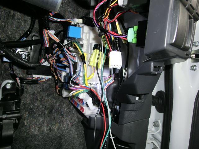CEP/コムエンタープライズ  アイドリングストップ動作変更キット 取付