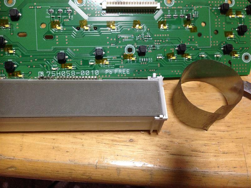 30プリウス エアコンスイッチパネルLED打ち替えポイント
