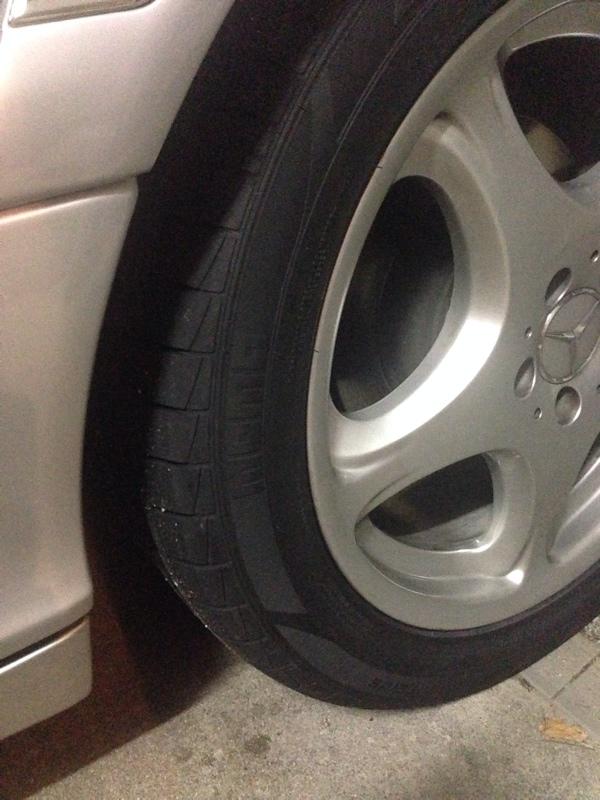 タイヤ交換  MOMO