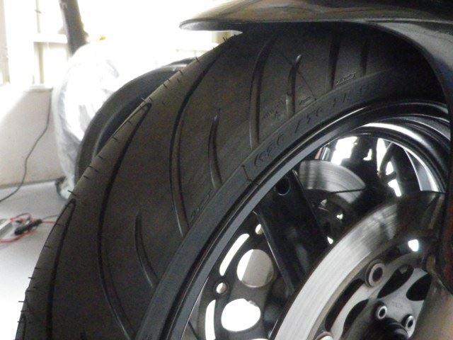GSX-R タイヤ交換・Fフォークオイル交換