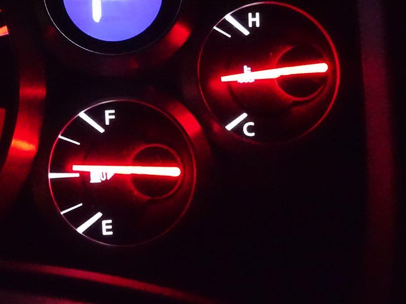 ポップアップエンジンフード警告灯の消去