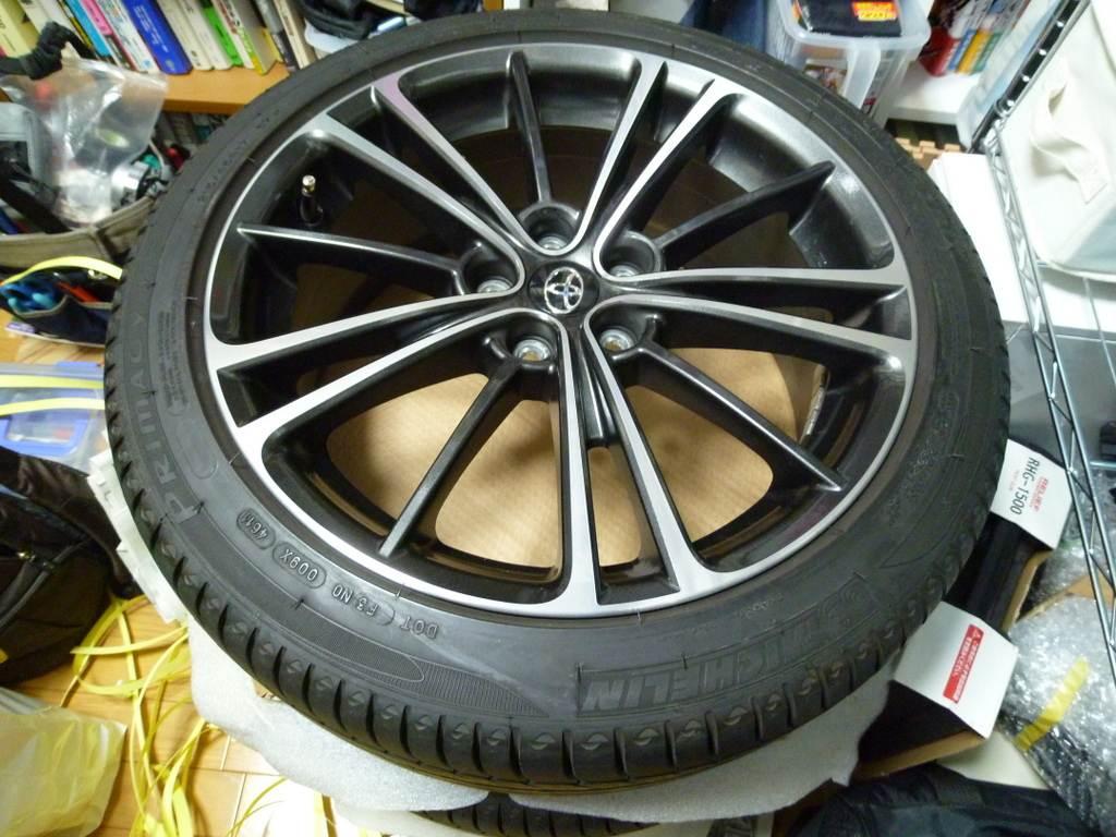 タイヤ サイズ プリウス