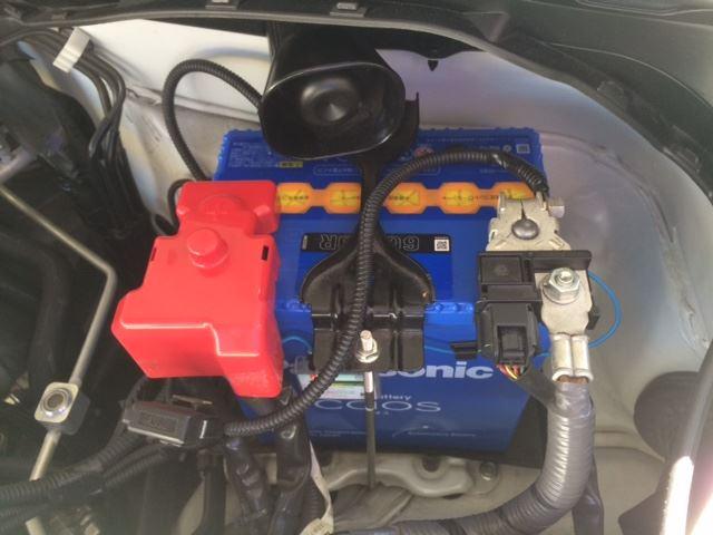 弱ったトヨタ86のバッテリーを交換しよう!