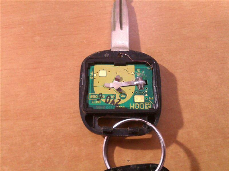 キーレス電池交換&感度アップ