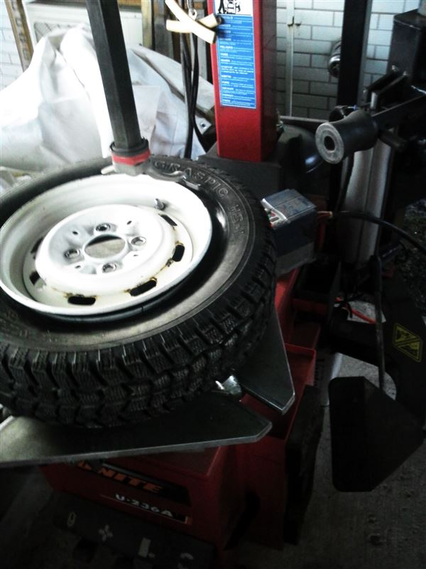 タイヤ交換したのでありんす~(●´ω`●)