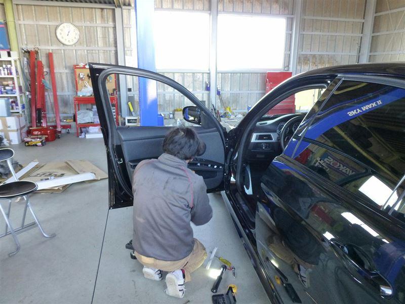 運転席内張修理