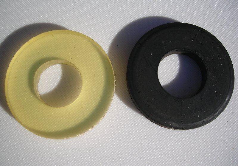 リアアクスルのゴムパッキンをウレタン素材に変更