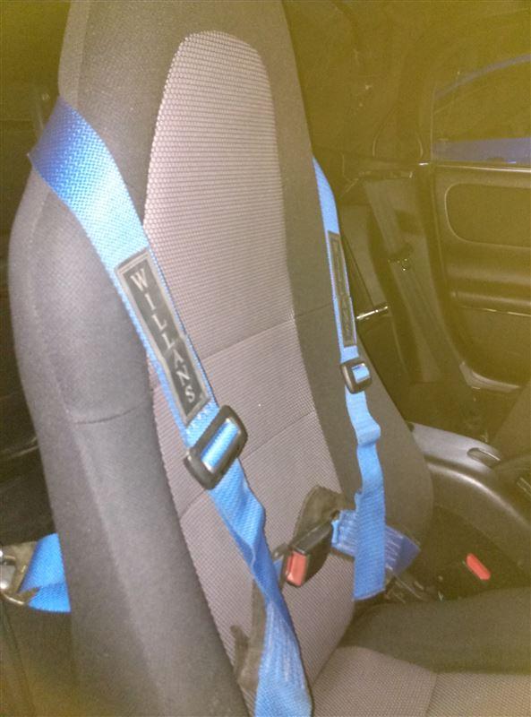 4点式シートベルト(応急処置)