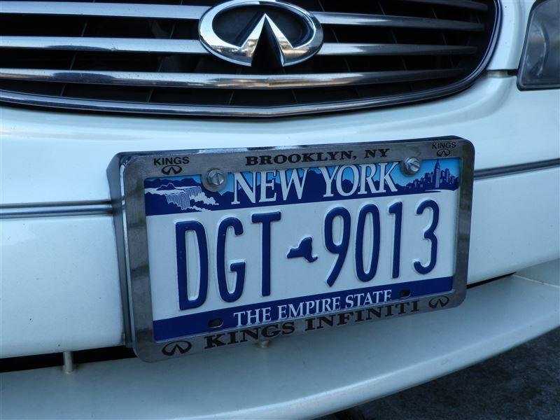 New York Dealer License Plate Frame iiii | インフィニティ I by ...