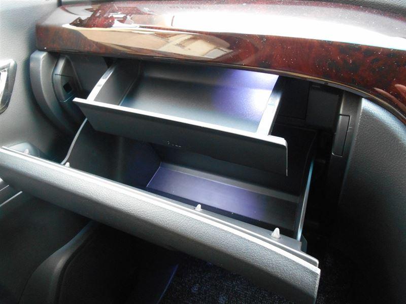 グローブボックス&シークレットボックス&センターコンソール LED化