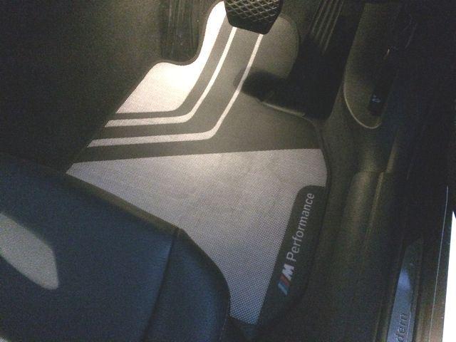 BMW(純正) M performanceフロアマット