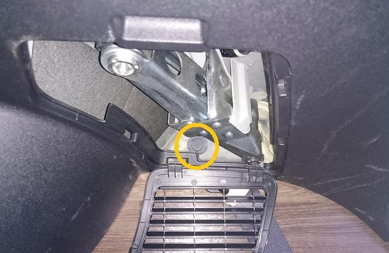 外部AC電源入力コンセント取り付け【2】