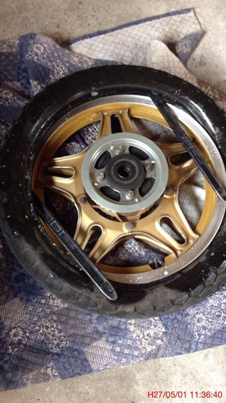 後ろのタイヤを交換したよ。