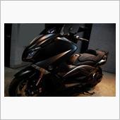 優れた加速とコーナーリング。YAMAHA TMAX530のガラスコーティング【ラディアス川崎】の画像