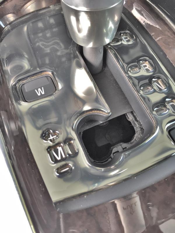 ボルボ(純正) ブラインド交換+カーボンシート貼付