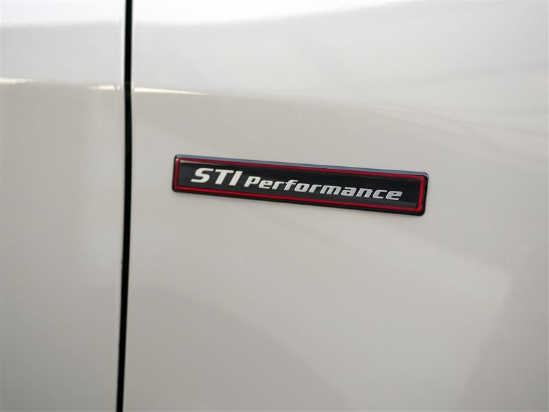 STI Performanceステッカーを貼ってみました。
