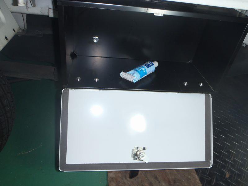 ツールロッカーの簡易防水