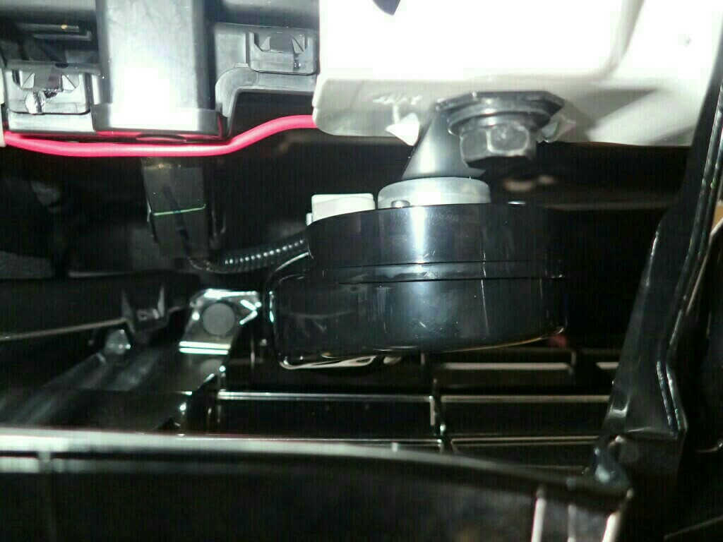 LEXUS/レクサス LS600hL 純正ホーン取り付け