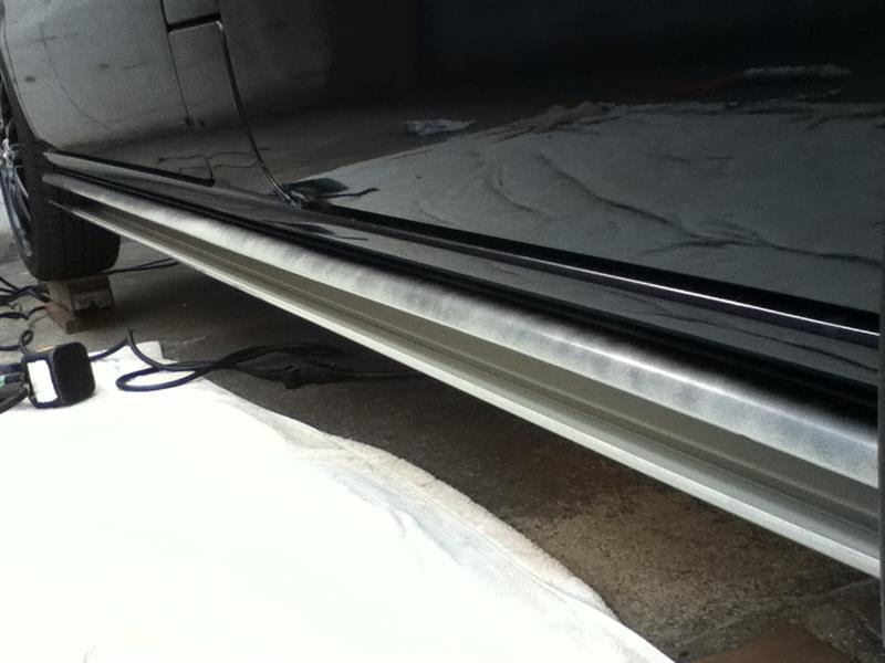 自作 サイドステップ 空調用配管カバー流用