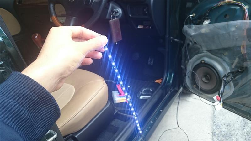 ドアポケット間接照明化