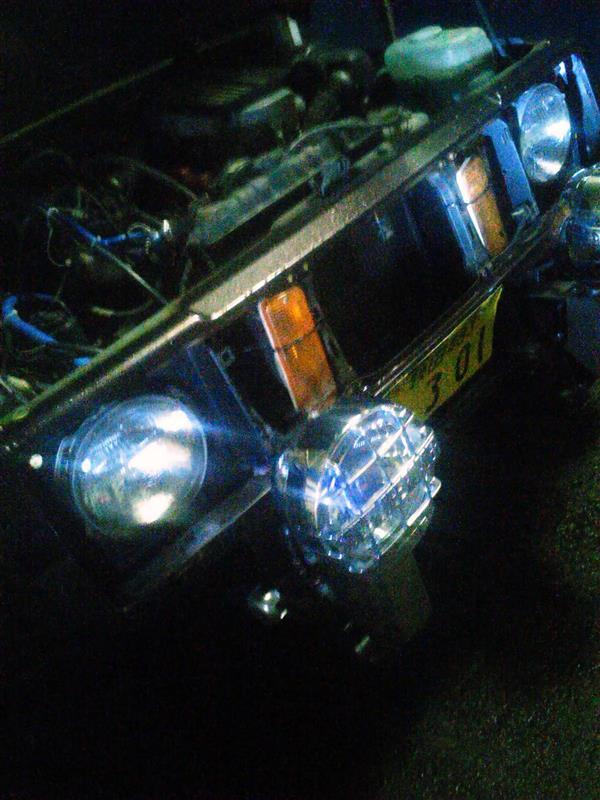 パジェロJrのヘッドライト 小糸製作所 6L12 流用