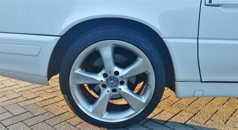 Pirelli P Zero Nero GT 235x40x18 for 9.5J?