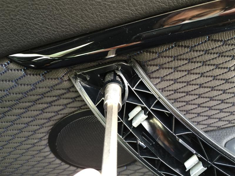 フロントスピーカをFOCAL IF BMW-Cに交換