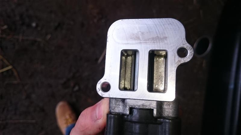 BE5/BH5レガシィD型のISCV(アイドルスピードコントロールバルブ)を洗浄しよう!