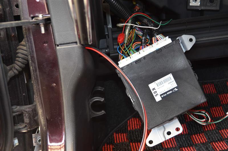アマチュア無線機 取付け バッ直 ACC連動化