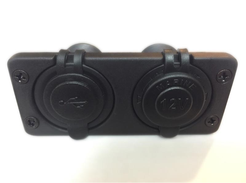 電装2極ポート(シガーソケット・USB)