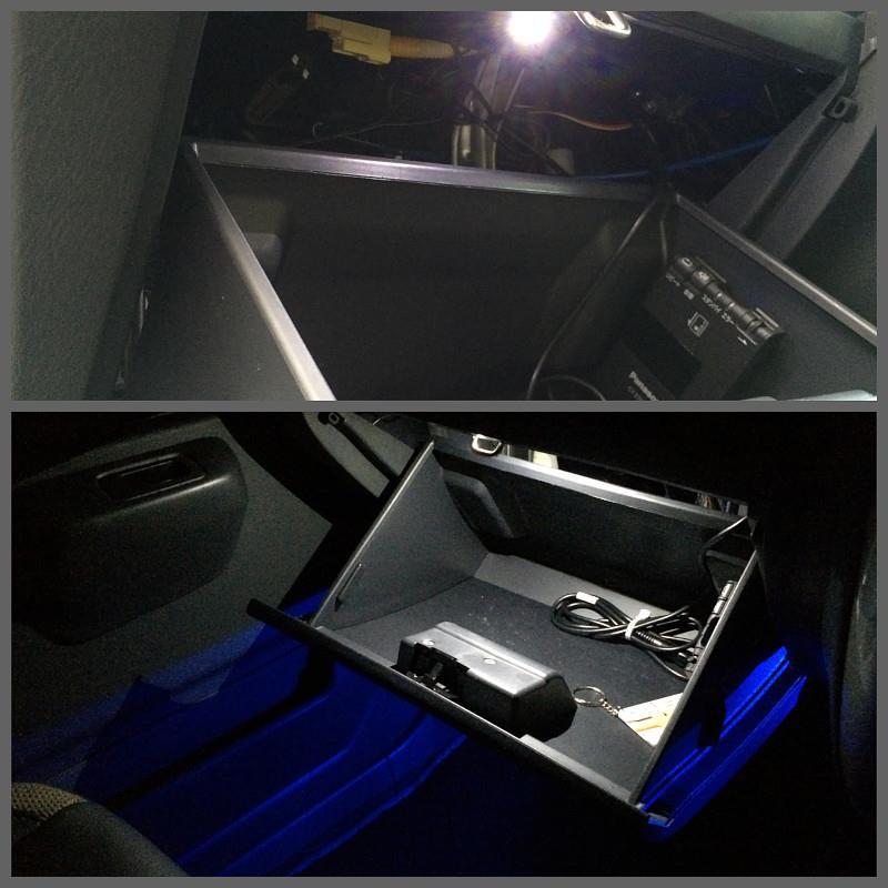フットランプ、グローブボックス照明追加