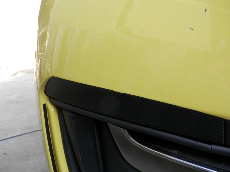 カーボン調シートの穴や傷をフォリアテックで補修