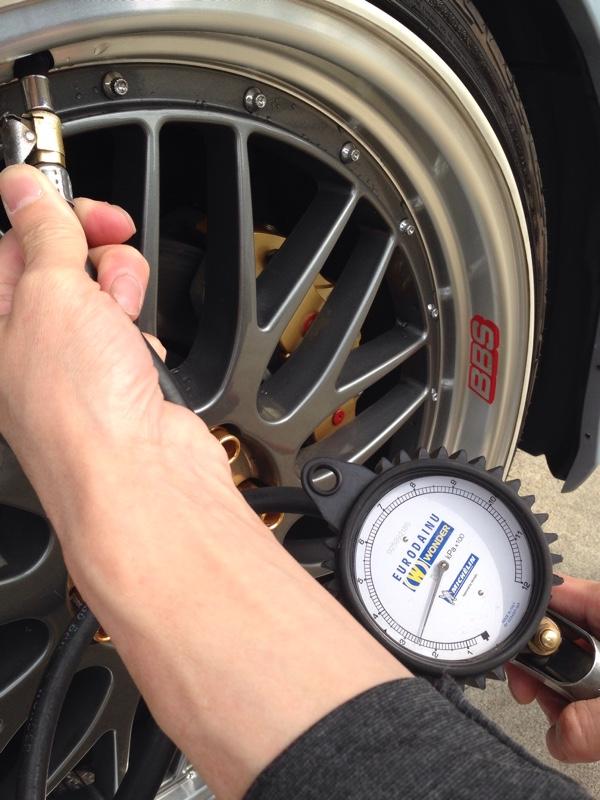 マイメモ用 黄色帽子でエンジンオイルとエレメント交換からの洗車機