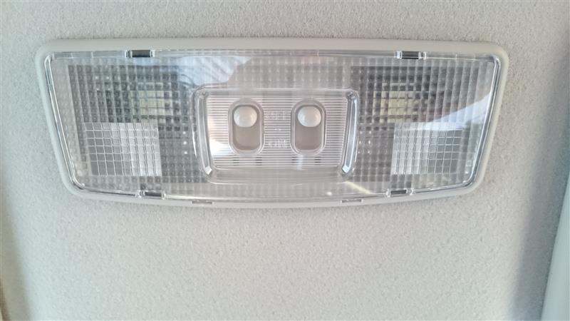 デイズ フロントルームランプ(マップランプ)LED化