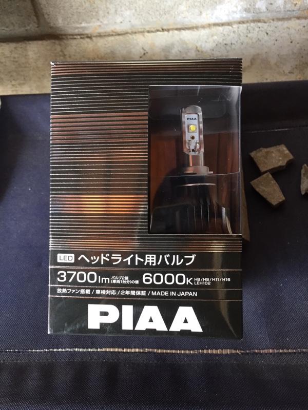 ヘッドライト   PIAA/ピア LEH102(H8/H9/H11/H16)