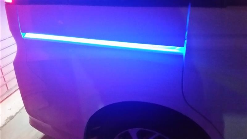 スライドドアレール照明