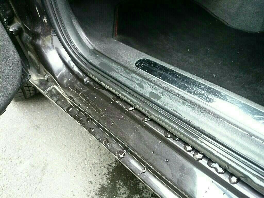 フロントドア雨漏り対策